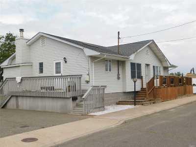 E. Rockaway Single Family Home For Sale: 1 8th Ave