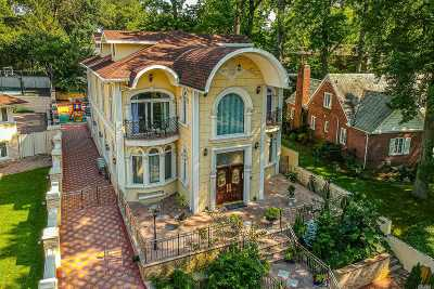 Holliswood NY Single Family Home For Sale: $2,999,999