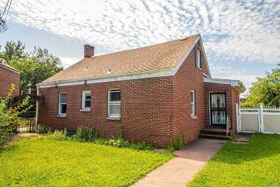 Copiague Single Family Home For Sale: 166 Cedar Ct
