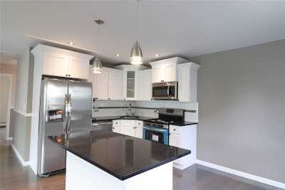 Deer Park Single Family Home For Sale: 10 Haas Ave
