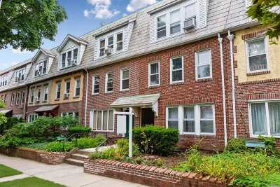 Forest Hills Multi Family Home For Sale: 10015 Ascan Ave