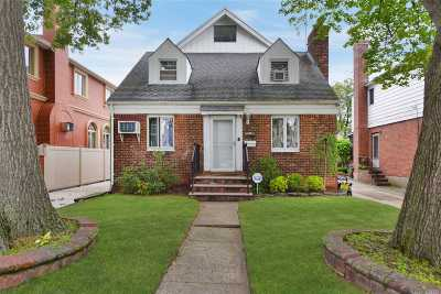 Fresh Meadows Single Family Home For Sale: 75-39 187th St