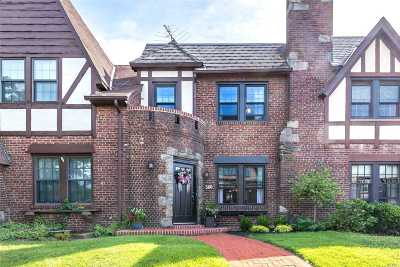 Mineola Single Family Home For Sale: 360 Bauer Pl