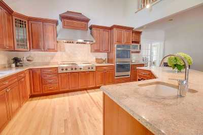 Port Jefferson Single Family Home For Sale: 500 Brook Rd