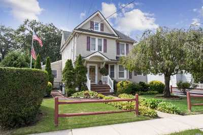 Rockville Centre Single Family Home For Sale: 300 Lakeview Ave