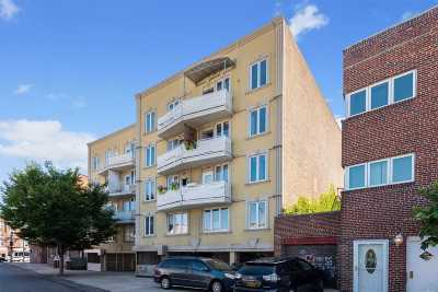Brooklyn Condo/Townhouse For Sale: 2925 Brighton 8th St #1A