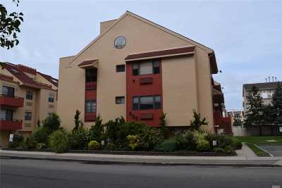 Lido Beach, Long Beach Condo/Townhouse For Sale: 659 Shore Rd #9B
