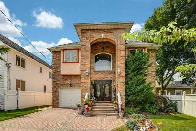 Woodmere Single Family Home For Sale: 233 Smith St