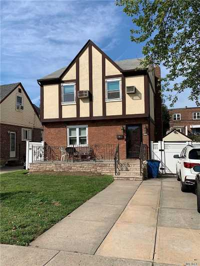 Fresh Meadows Single Family Home For Sale: 75-54 177 St