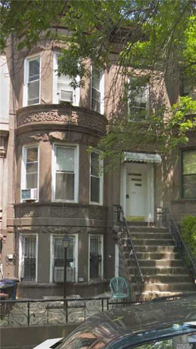 Brooklyn Multi Family Home For Sale: 557 47th St
