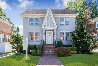 Woodmere Single Family Home For Sale: 1063 Roselle Pl
