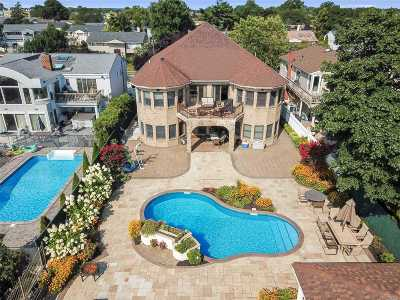 Bellmore Single Family Home For Sale: 2811 Judith Dr