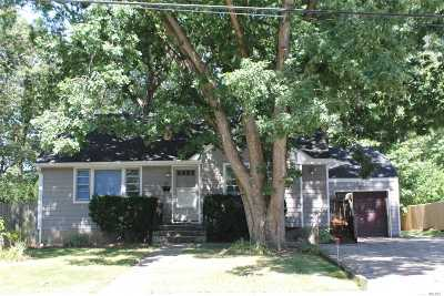 Amityville Single Family Home For Sale: 67 Lafayette Ave
