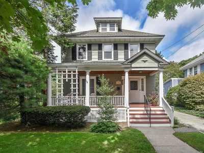 Babylon Single Family Home For Sale: 35 Paumanake Ave
