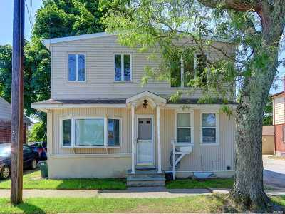 Bethpage Single Family Home For Sale: 535 Central Ave