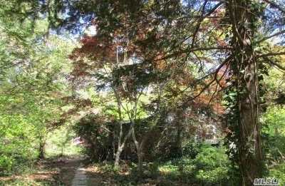 Single Family Home For Sale: 15 Old Cow Path