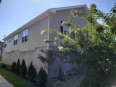Island Park Single Family Home For Sale: 87 Parma Rd
