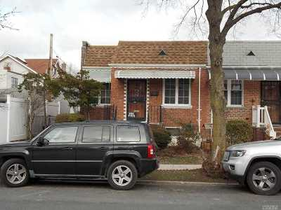 Middle Village Single Family Home For Sale: 64-15 73rd Pl