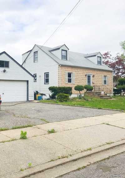 N. Massapequa Multi Family Home For Sale: 217 N Chestnut St