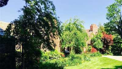 Single Family Home For Sale: 69 Cornwells Beach Rd
