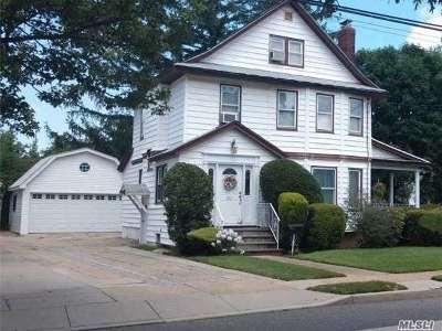 Rockville Centre Single Family Home For Sale: 212 Morris Ave