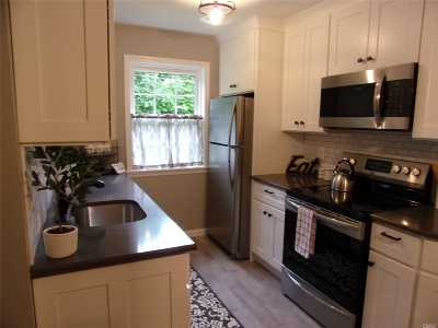 Bellmore Condo/Townhouse For Sale: 2386 A Bedford Ave #2386A