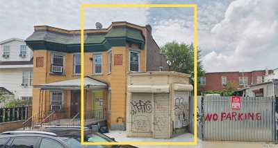 Corona Multi Family Home For Sale: 33-12 103 St