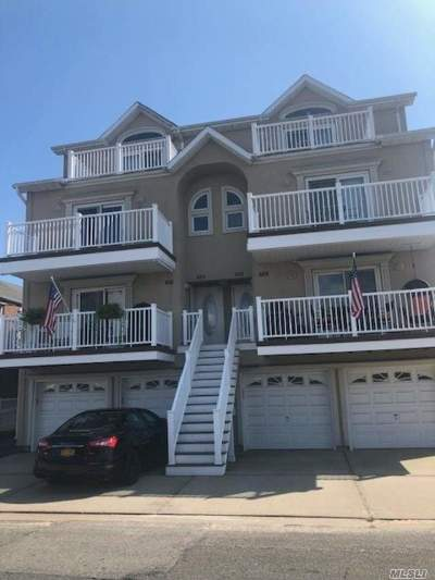 Long Beach NY Condo/Townhouse For Sale: $503,000