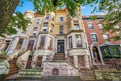 Brooklyn Single Family Home For Sale: 52 Rutland Rd