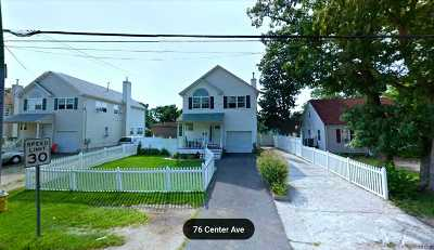 Bay Shore Single Family Home For Sale: 76 Center Ave