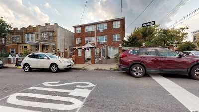 Brooklyn Multi Family Home For Sale: 220 Forbell St