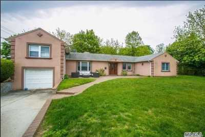 Hewlett Single Family Home For Sale: 1149 Henrietta Pl