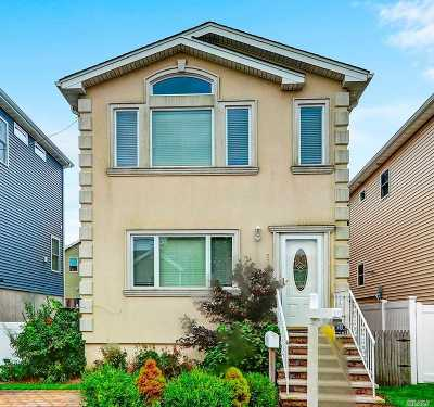 Island Park Single Family Home For Sale: 57 Kent Rd