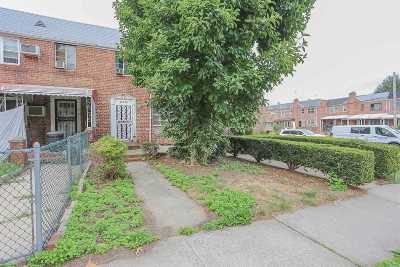 Flushing Single Family Home For Sale: 148-49 58th Rd