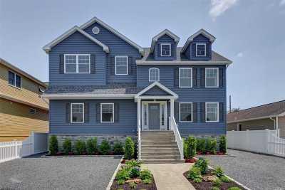 Island Park, Long Beach, Lynbrook, Oceanside, Rockville Centre Multi Family Home For Sale: 157 Quebec Rd