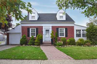Baldwin Single Family Home For Sale: 2408 Loft Ave