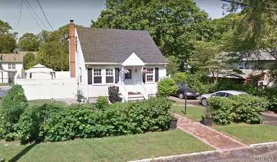 Lake Grove Single Family Home For Sale: 26 Beech St