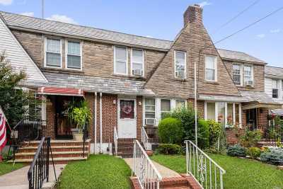 Middle Village Single Family Home For Sale: 65-40 77th Pl