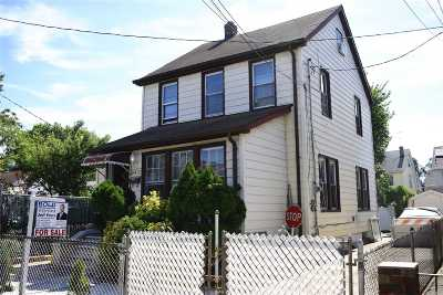 Fresh Meadows Single Family Home For Sale: 164-32 75th Rd