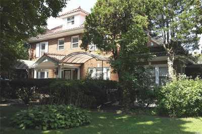 Flushing Single Family Home For Sale: 157-57 Rose Ave
