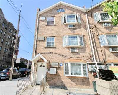Brooklyn Multi Family Home For Sale: 584 New York Ave