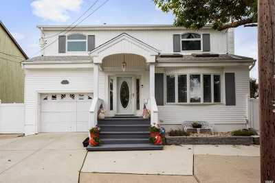 Bellmore Single Family Home For Sale: 2775 Barbara Rd