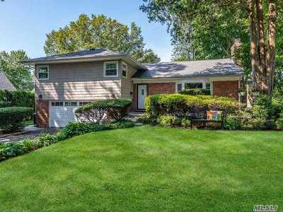 Port Washington Single Family Home For Sale: 3 Crestwood Rd