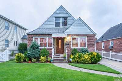 Single Family Home For Sale: 83-19 266 St