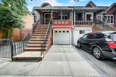 Brooklyn Multi Family Home For Sale: 726 Manor Ct