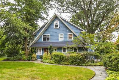 Rockville Centre Single Family Home For Sale: 136 Broadway
