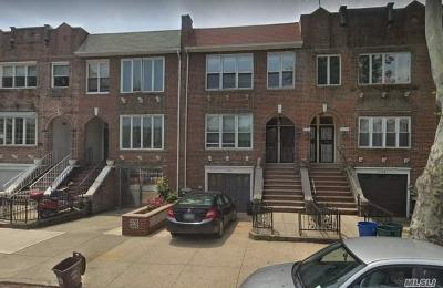 Brooklyn Multi Family Home For Sale: 1704 E 2nd St