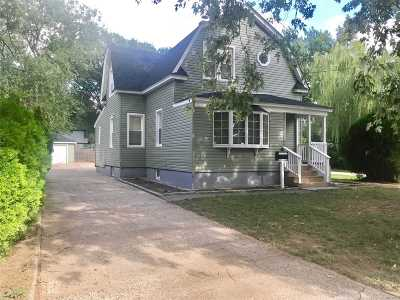 Baldwin Single Family Home For Sale: 2923 Bayview Ave