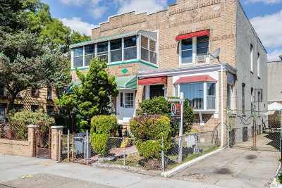 Brooklyn Single Family Home For Sale: 2603 Clarendon Rd