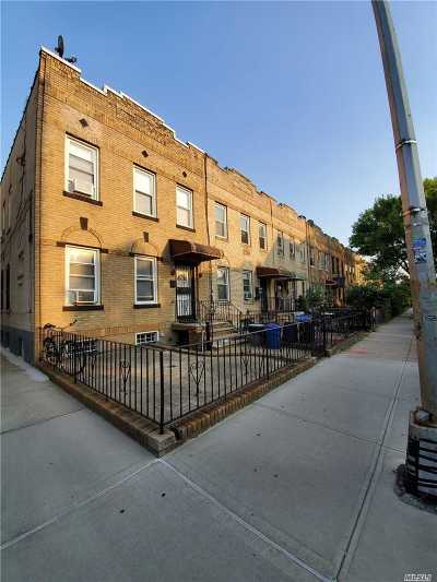 Astoria Multi Family Home For Sale: 3145 47 St